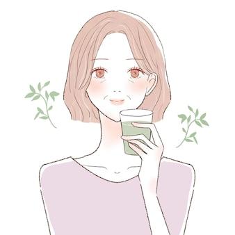 Mulher de meia idade bebendo chá frio. sobre um fundo branco.
