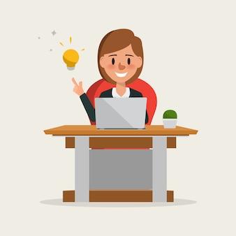 Mulher de negócios, trabalhando com um laptop e ter idéia