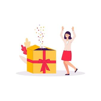 Mulher dos desenhos animados feliz com a caixa de presente gigante com confetes voadores coloridos - menina recebendo bônus presente no fundo branco, ilustração isolada
