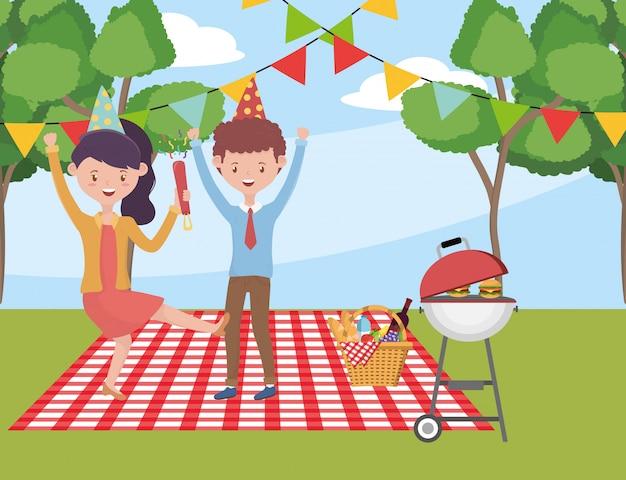 Mulher e homem dos desenhos animados, tendo design de piquenique, comida festa verão lazer ao ar livre saudável primavera almoço e refeição tema
