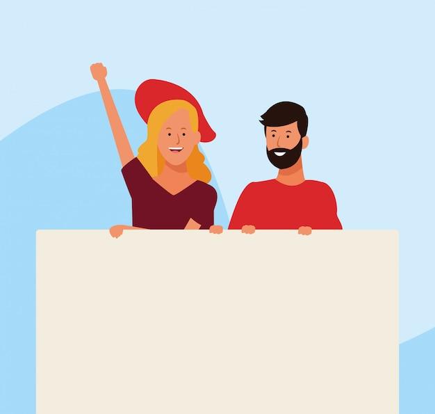 Mulher e homem protestando com letreiro em branco