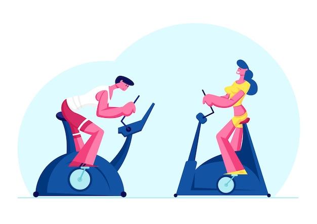 Mulher e homem treinando na academia na bicicleta ergométrica. ilustração plana dos desenhos animados