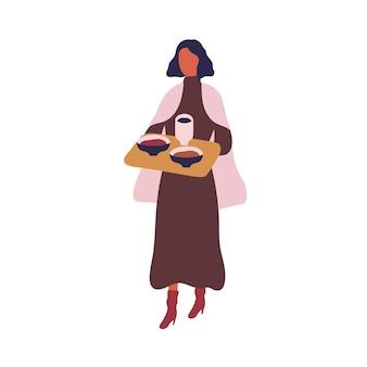 Mulher elegante dos desenhos animados carrega a bandeja com o prato e o copo na ilustração plana de vetor de cafeteria. fêmea colorida trazer comida durante o intervalo no café isolado no branco. menina segura bandeja com almoço na praça de alimentação.
