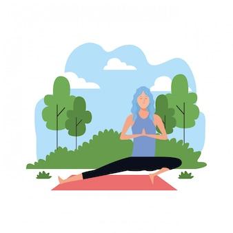Mulher, em, ioga posa