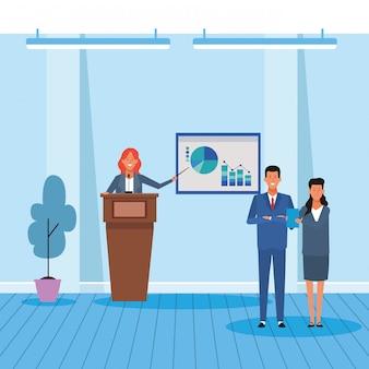 Mulher executiva dos desenhos animados, mostrando um gráfico gráficos para pessoas de negócios