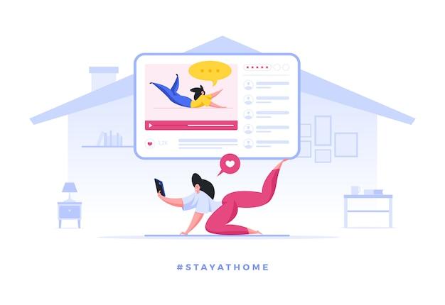 Mulher fazendo yoga com tutor on-line, ficar em quarentena em casa