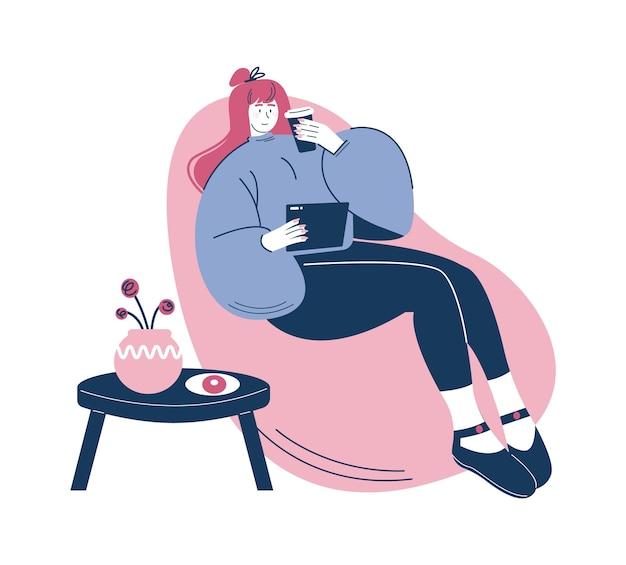 Mulher feliz desfrutando de um café para ir, sentada em uma cadeira de saco de feijão ilustração vetorial pausa para o café, hora do chá