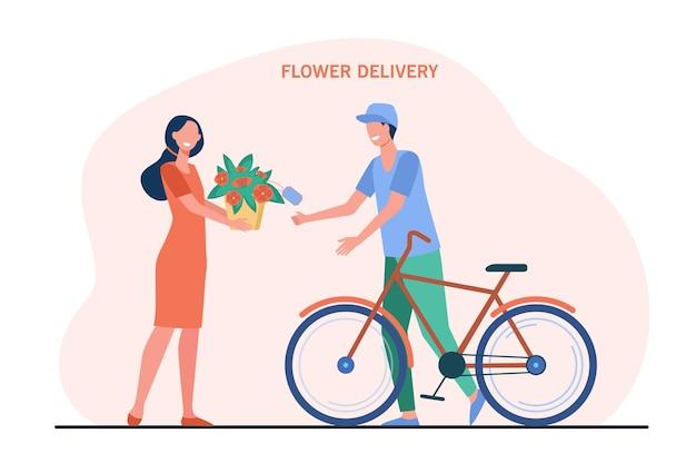 Mulher feliz recebendo flores do correio