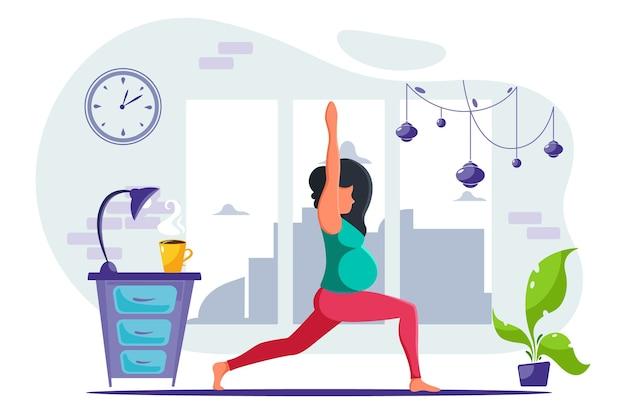Mulher grávida fazendo ioga em casa em um interior moderno