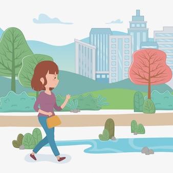 Mulher jovem, andar, com, bolsa, parque