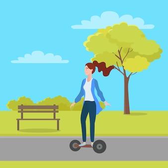 Mulher, montando, segway, em, cidade verde, parque, com, árvores