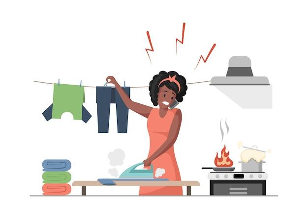 Mulher multitarefa cozinhando, passando roupas e falando ao telefone