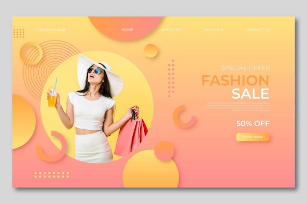 Mulher na página de destino de roupas de verão