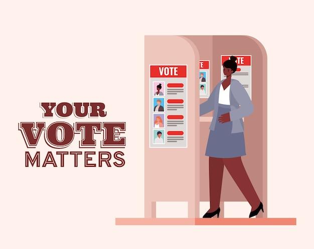Mulher negra na cabine de votação com seu projeto de texto de questões de voto, tema do dia das eleições.