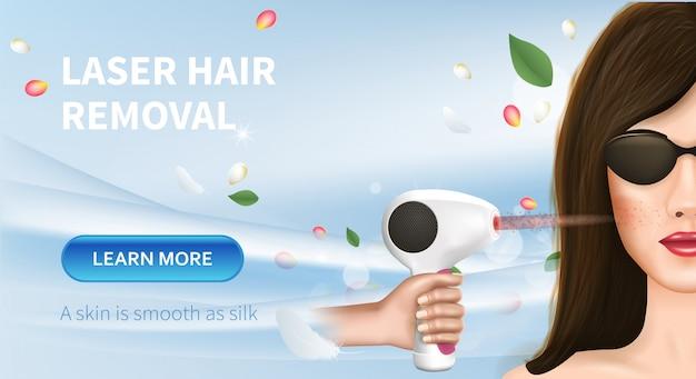 Mulher nova que aplica o procedimento da remoção do cabelo do laser.