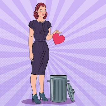 Mulher pop art com o coração partido
