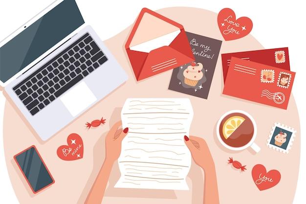 Mulher recebendo e enviando cartões e cartas para o dia dos namorados, vista de cima da mesa