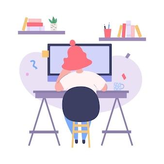 Mulher trabalhando em frente ao monitor