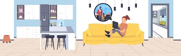 Mulher usando o computador portátil conversando com o empresário rede social conceito de comunicação de bolha de bate-papo