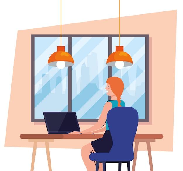 Mulher usando o laptop na mesa, trabalhando ilustração online