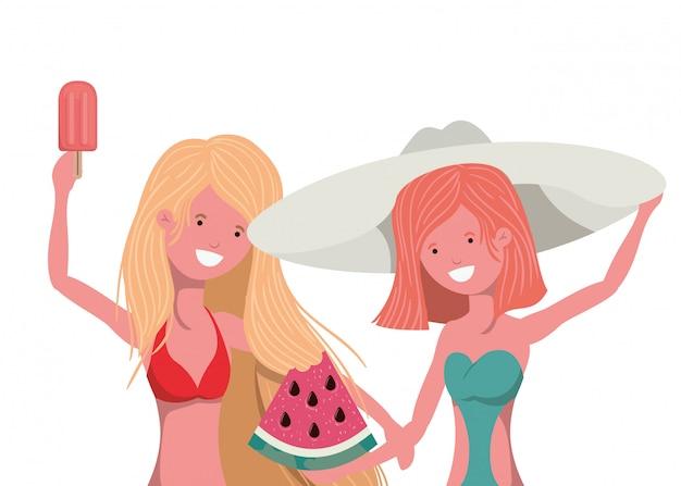 Mulheres com porção de melancia na mão em branco
