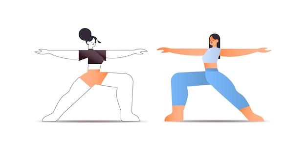 Mulheres felizes em roupas esportivas fazendo exercícios de alongamento conceito de estilo de vida saudável