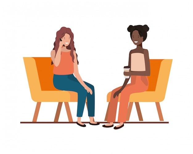 Mulheres jovens, sentando, em, cadeira