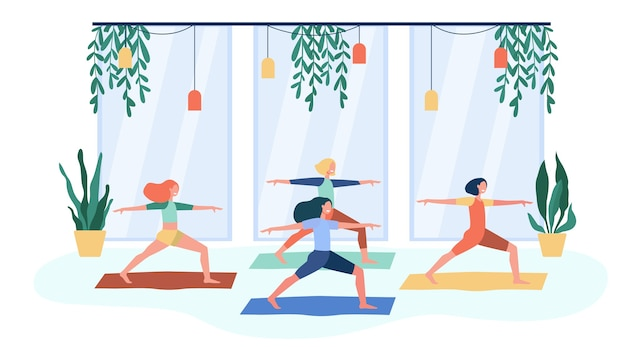 Mulheres se exercitando no clube de fitness, participando da aula de ioga, em posição de guerreiro no tapete. ilustração em vetor plana para atividade física, ginástica, conceito de estilo de vida