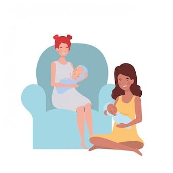 Mulheres, sentando, ligado, a, sofá, com, um, bebê recém-nascido, em, dela, braços