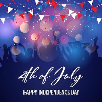 Multidão de festa em um dia da independência de 4 de julho