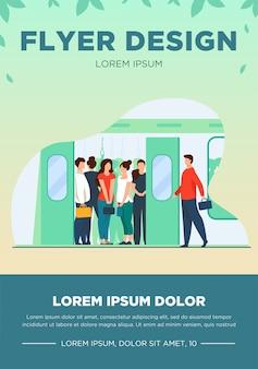 Multidão de passageiros viajando de trem do metrô. passageiros do metrô em um vagão superlotado. ilustração vetorial para transporte público, deslocamento diário, conceito de hora do rush