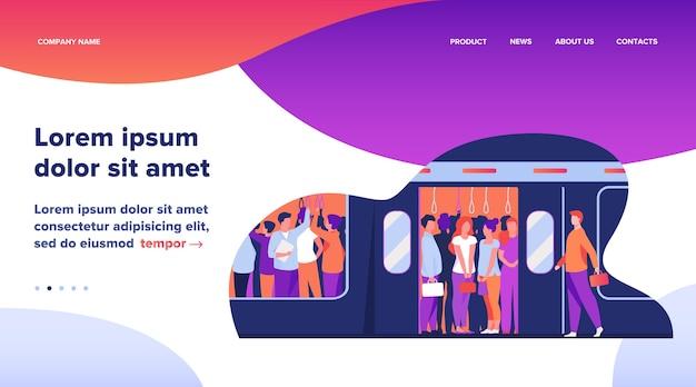 Multidão de passageiros viajando de trem do metrô.