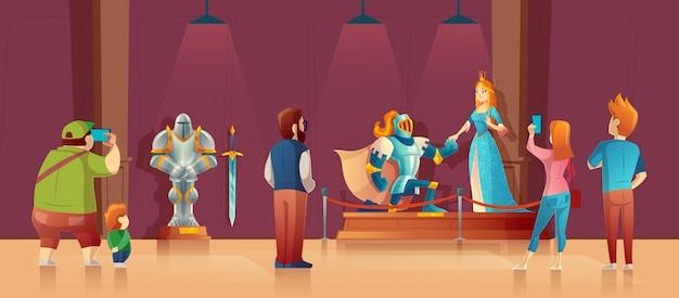 Museu com visitantes, exposição medieval. cavaleiro blindado com capacete, princesa em seda azul