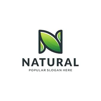 N logotipo natural conceito
