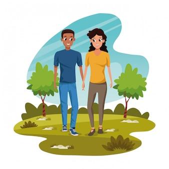 Namorados caminhando na natureza