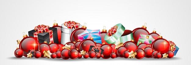 Natal com enfeites brilhantes vermelhos para o seu seasonal