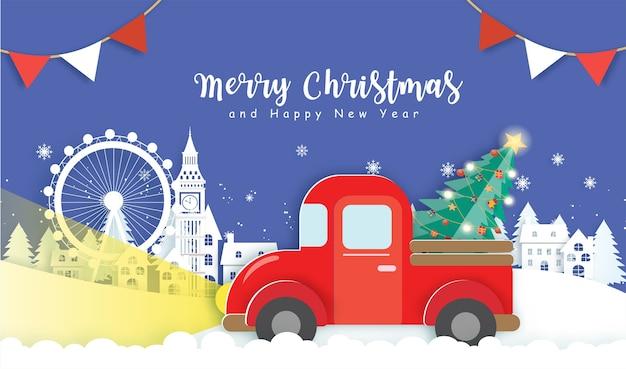 Natal com uma árvore de natal em um carro vermelho na aldeia de neve.