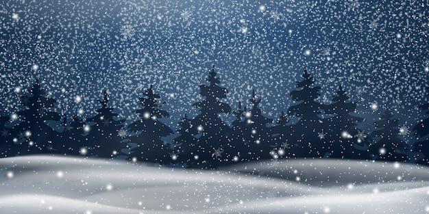 Natal, paisagem de snowy woodland à noite. fundo de inverno. paisagem de inverno de férias para feliz natal com abetos, floresta de coníferas, neve, flocos de neve. cena de natal. feliz ano novo.