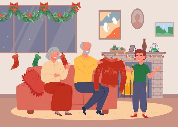Noite de natal na casa dos avós. feliz fofa avó e avô dão um suéter feio.