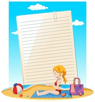 Nota de papel em branco e mulher na praia