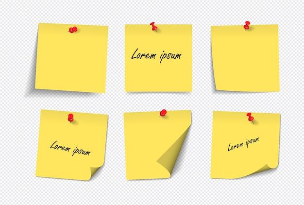Notas auto-adesivas amarelas realistas isoladas com sombra real no fundo branco.
