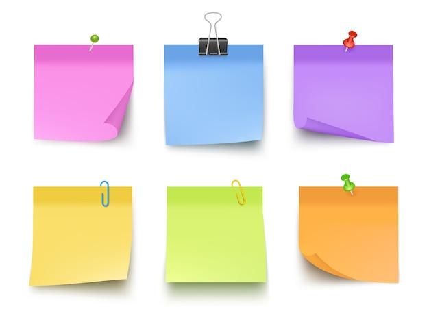 Notas coloridas. papéis pegajosos com notas de negócios de banco de memorando de clipes de pino vector realista