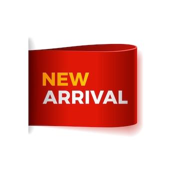 Novo banner de papel de rolagem de chegada. fita de papel vermelha em fundo branco. etiqueta de venda realista.