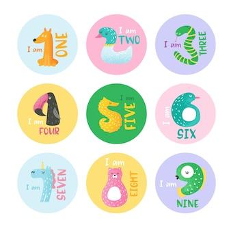 Números de animais fofos de 1 a 9 ilustração vetorial desenhada à mão para adesivos, pôster do berçário, cartão de convite do bebê, panfleto, saudações, arte na parede