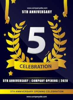 Números de celebração de aniversário com ilustração vetorial de fitas de estrelas de coroa de folhas