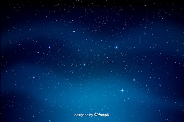 Nuvens onduladas e fundo da noite estrelada