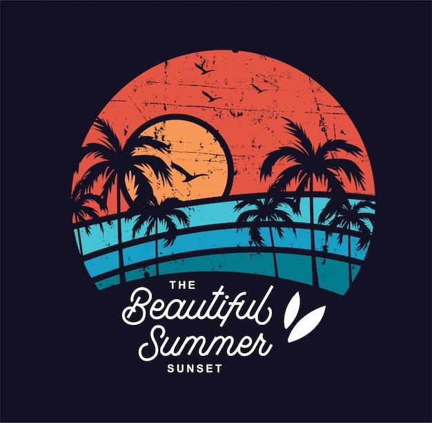 O belo pôr do sol de verão