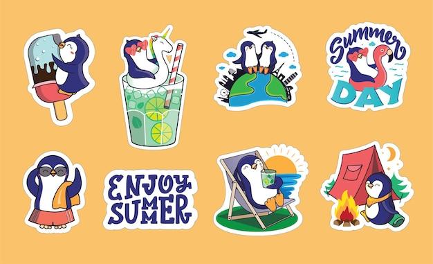 O conjunto de adesivos para as férias de verão. coleção desenhada à mão de animais de desenho animado com frases de letras