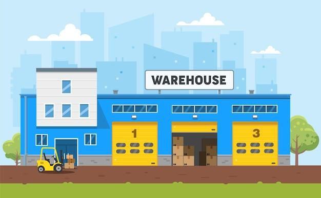 O edifício do armazém é azul o carregador carrega as mercadorias para o armazém logística e entrega