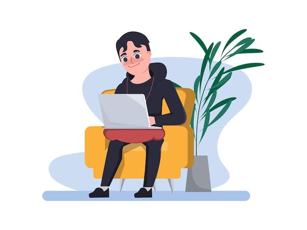 O homem programador está trabalhando com o laptop no assento trabalho de casa
